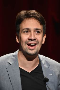 lin-manuel-little-mermaid-18aug16-01