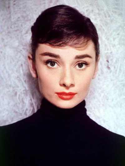 Audrey-Hepburn-in-a-Black-Turtleneck